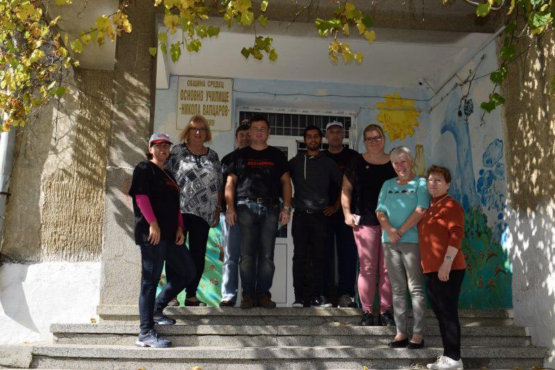 Посещение на училището в село Факия