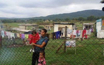Хранителни пакети за бедни семейства в Царево