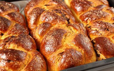 "Благороден жест: Пекарна ""Фемили"" гр. Камено дари козунаци на Дома за стари хора"
